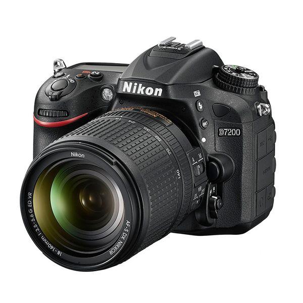 Nikon D7200 18-140mm VR